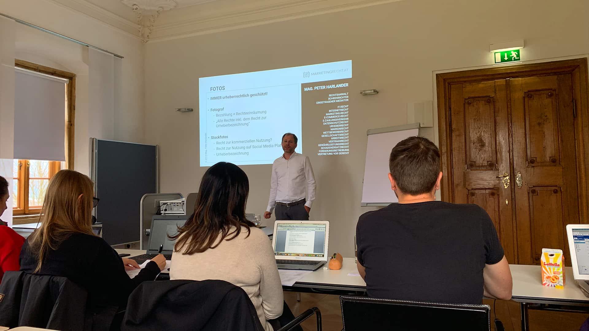 Zertifikatslehrgang Suchmaschinenmarketing 2019 an der FH Salzburg